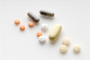 Что принимать при нарушении в работе щитовидной железы?